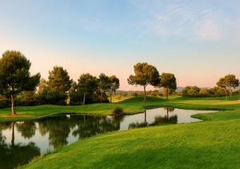 Golf Son Antem West