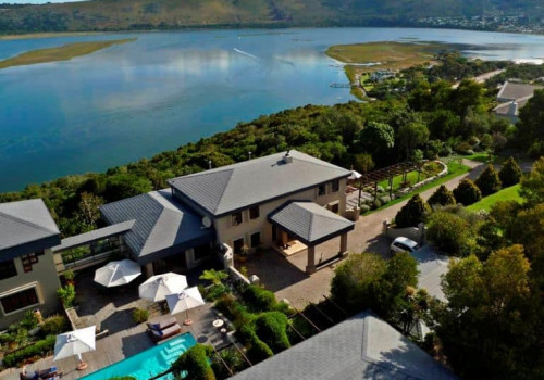 Kanonkop Guest House *****
