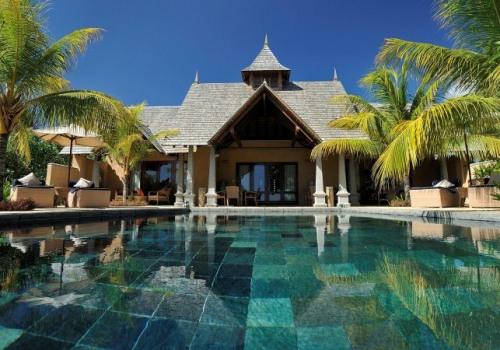 Maradiva Villas Resort & Spa *****(*)