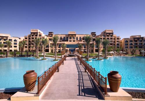 Saadiyat Rotana Resort & Villas *****