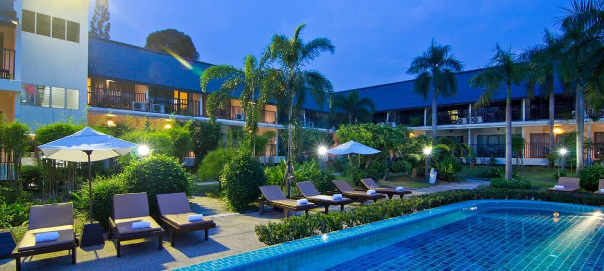 Sunshine garden resort pattaya thailand green golf for Katzennetz balkon mit hotel pattaya garden thailand